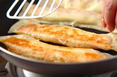 鮭とポテトの焼き春巻きの作り方3