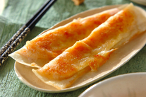 鮭とポテトの焼き春巻き