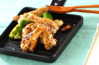鶏手羽元フライパン焼き