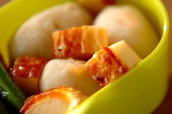 里芋とカマボコの煮物