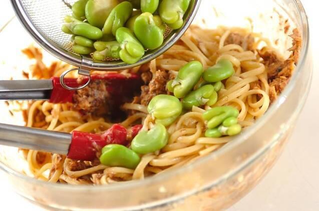 ソラ豆とサバのみそパスタの作り方の手順6
