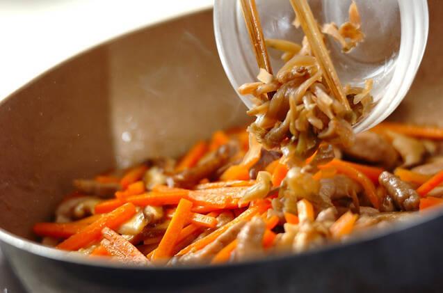 細切り豚のザーサイ炒めの作り方の手順4