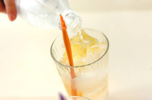 ショウガと梅酒のジンジャーエールの作り方の手順3