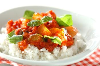 エビとズッキーニのトマト煮ライス