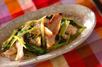 豚トロと小松菜のショウガ風味
