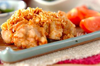 揚げ鶏のたっぷりネギダレがけ(油淋鶏風)
