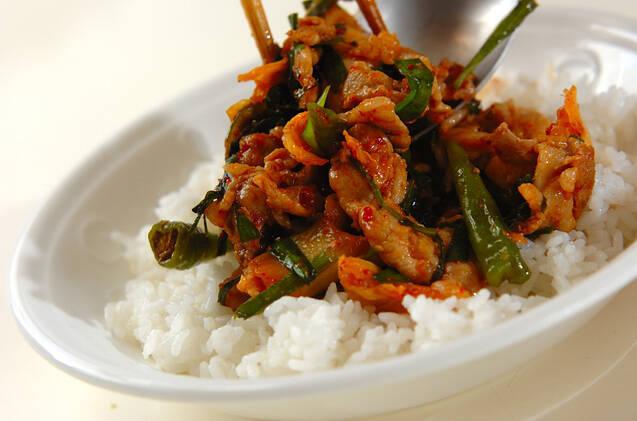 豚肉と白菜キムチの炒め丼の作り方の手順6