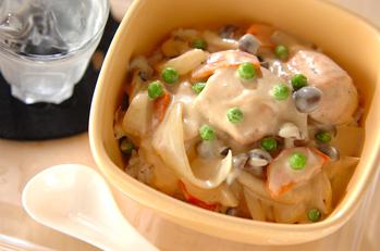 鮭とキノコの和風クリーム丼