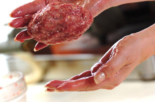 煮込みハンバーグの作り方の手順6
