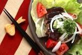 カツオのたたきサラダ風