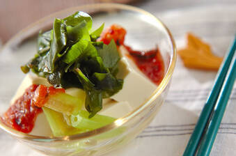フキと豆腐の梅ドレサラダ