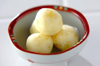 クリームチーズ入りサツマイモ団子