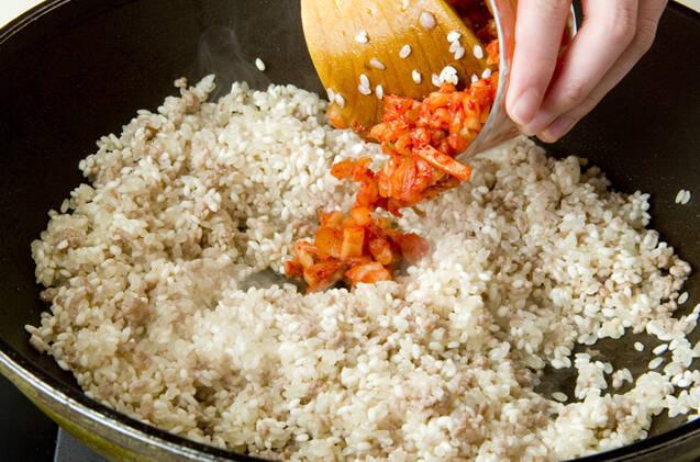 カキの炊き込みご飯の作り方の手順2