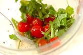 プチトマトの香菜サラダの作り方2