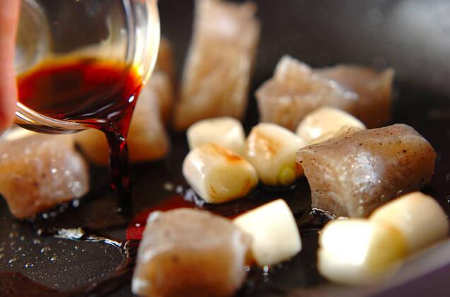 ちぎりコンニャクの甘辛炒めの作り方の手順4