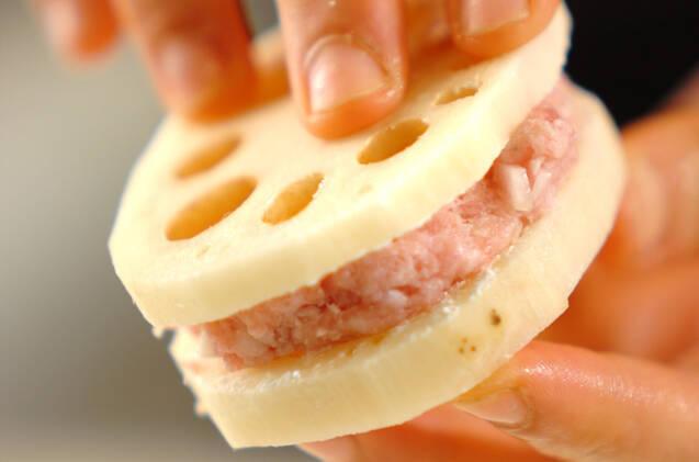 超ジューシー!レンコンのひき肉はさみ揚げの作り方の手順7