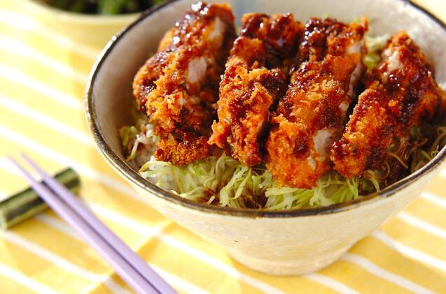 【調理法別】鶏もも肉を使った絶品レシピ25選!初心者も◎