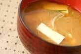 豆腐とモヤシのみそ汁