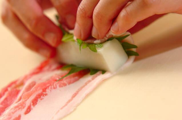ピリ辛肉巻き餅の作り方の手順3