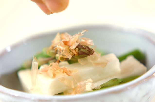アスパラと長芋のおかかがけの作り方の手順3