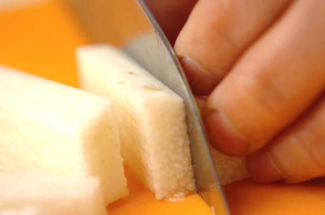 アスパラと長芋のおかかがけの作り方の手順2