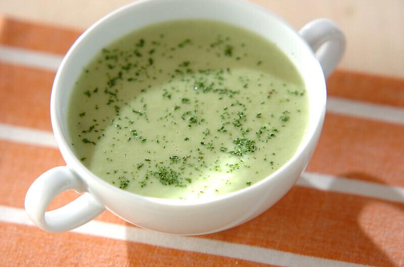4 アボカドのスープ