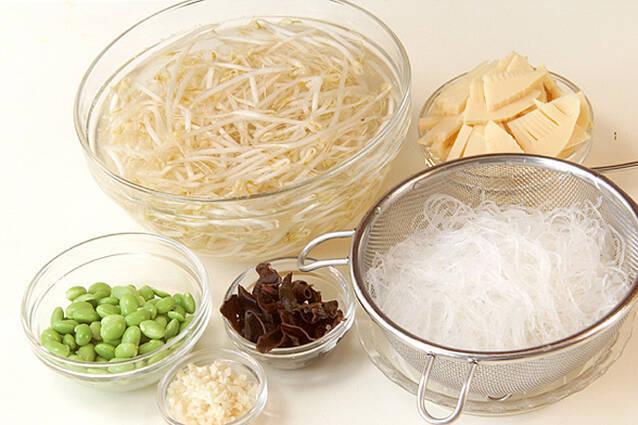 春雨の中華炒めの作り方の手順1