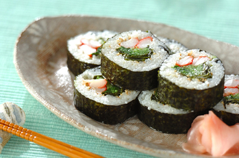 新ワカメの巻き寿司