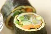 卵と野菜ののり巻き