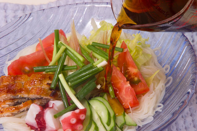 熱々ゴマ油をじゅわっとかけて!七夕素麺の作り方の手順9