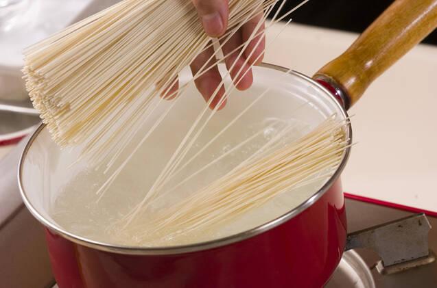 もずく素麺の作り方の手順2