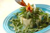 春菊と豆腐のホットサラダの作り方4
