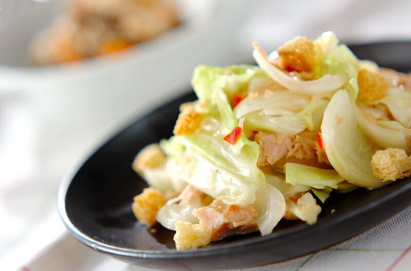 4. キャベツのエスニックサラダ