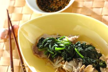 豚肉と野菜の蒸し焼き・韓国風つけダレ