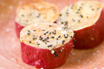 サツマイモのバターセサミ