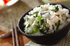 刻み春菊の混ぜご飯