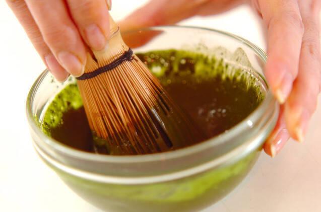 抹茶ゼリー・バニラソースの作り方の手順1