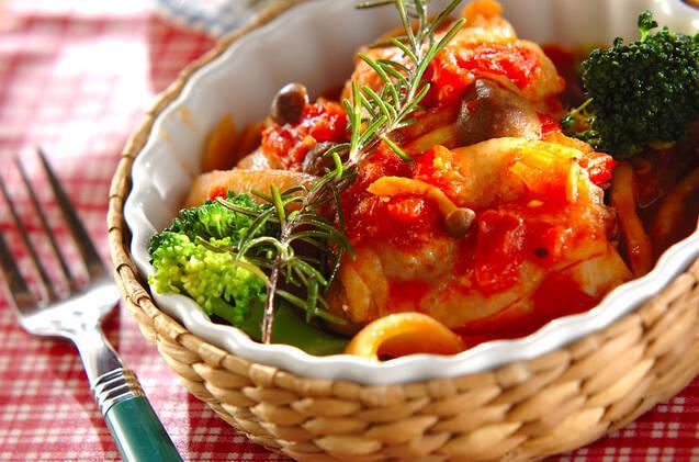 チキンのハーブトマト煮