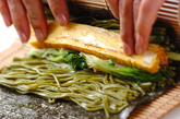 茶そば巻き寿司の作り方3