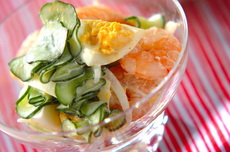 8.海老ときゅうりのゆで卵サラダ