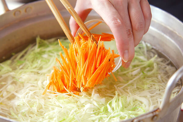 具たっぷり冷麺の作り方の手順9