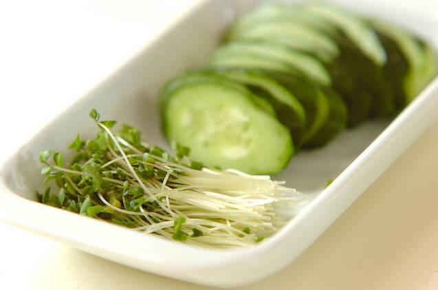 そばとウナギのサラダの作り方の手順4