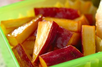 揚げサツマイモのバター風味