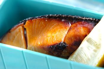鮭のレモンしょうゆ焼き