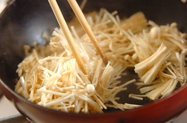 エノキのくったり煮の作り方の手順2