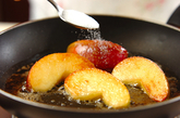 塩バターキャラメルリンゴの作り方2