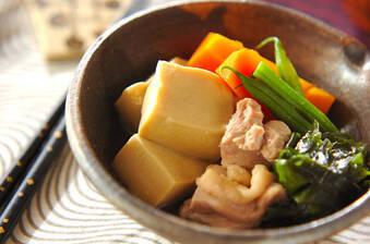 鶏肉と高野豆腐の煮物
