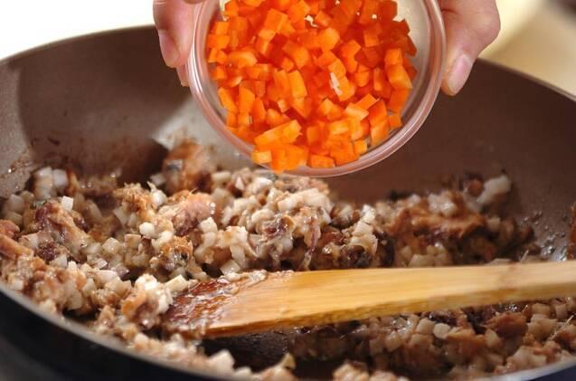 簡単ランチ!サバ缶チャーハンの作り方の手順5