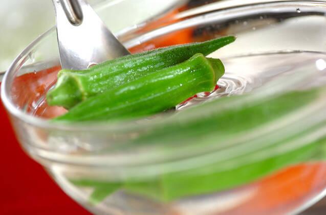 オクラとナスのサラダの作り方の手順5