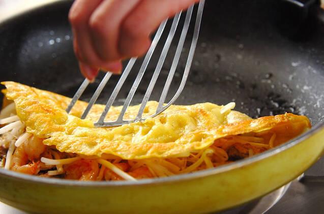 バインセオ(ベトナム風お好み焼き)の作り方の手順8
